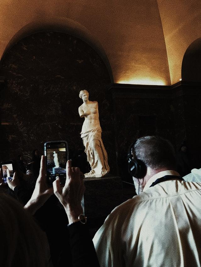 milo statue
